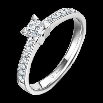 Anillo de oro blanco 18 kts con diamantes 0,33 ct.