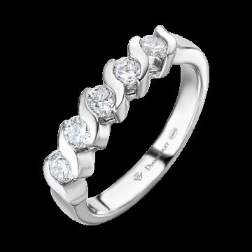 Anillo de oro blanco con diamantes 0,50 ct.