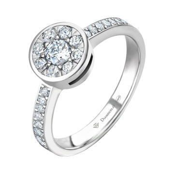 Anillo de oro blanco con diamantes 0,53 ct.