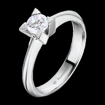 Anillo de oro blanco 18 kts. con diamante 0,30 ct.
